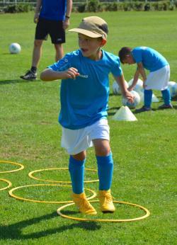 WuerzburgerFussballschule MichaelHochrein Sommer 2018 7